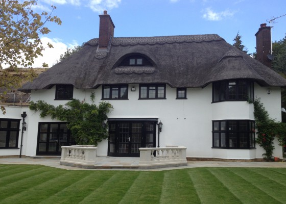 Major renovation & extension of thatched roof home